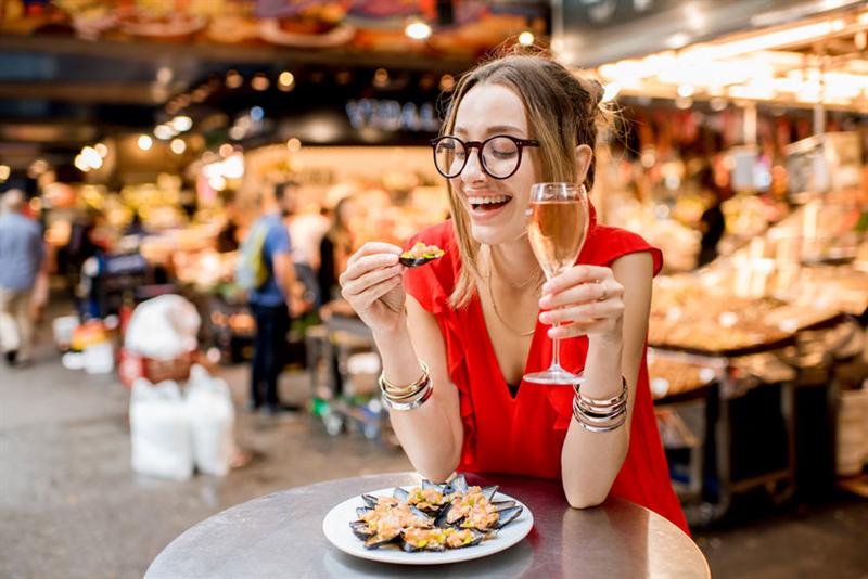 打破傳統 美食街新印象