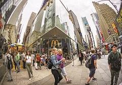 每天瞄準6,800萬個胃》麥當勞請AI做漢堡