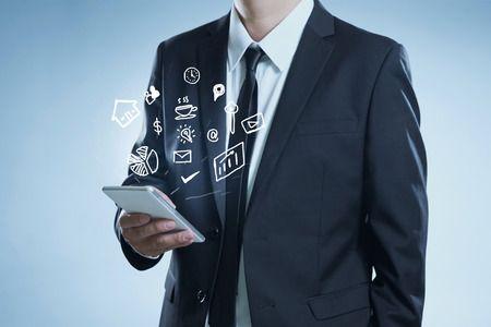 藉由LINE即時通訊軟體加強業務推廣之困境
