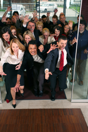 群聚效益  建立協同體系